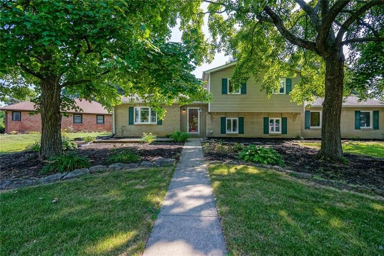 7420 Halsted Drive Indianapolis IN 46214   MLS 21653346   photo 1
