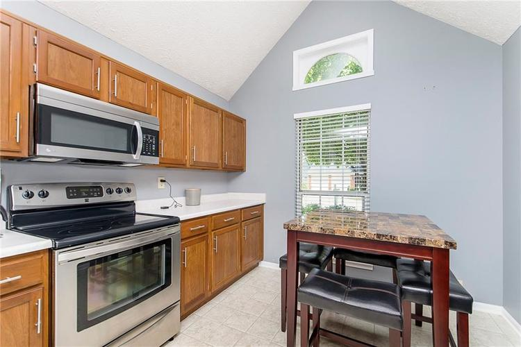 6585 DISCOVERY Drive S Indianapolis, IN 46250 | MLS 21653383 | photo 13