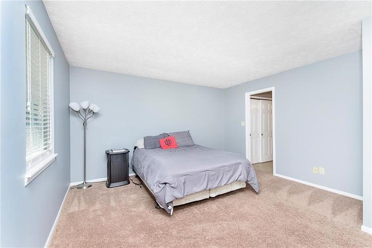 6585 DISCOVERY Drive S Indianapolis, IN 46250 | MLS 21653383 | photo 18