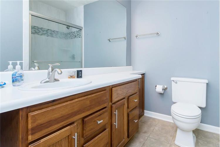 6585 DISCOVERY Drive S Indianapolis, IN 46250 | MLS 21653383 | photo 21