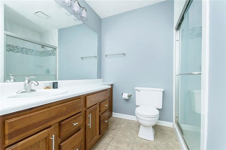 6585 DISCOVERY Drive S Indianapolis, IN 46250 | MLS 21653383 | photo 22