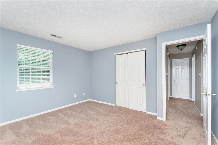 6585 DISCOVERY Drive S Indianapolis, IN 46250 | MLS 21653383 | photo 24