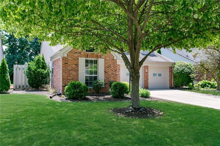 6585 DISCOVERY Drive S Indianapolis, IN 46250 | MLS 21653383 | photo 3