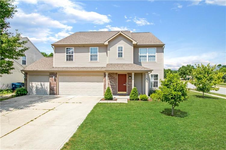 2102  ST CLIFFORD Drive Indianapolis, IN 46239 | MLS 21653396