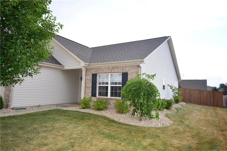 2887 Armaugh Drive Brownsburg, IN 46112 | MLS 21653415 | photo 3
