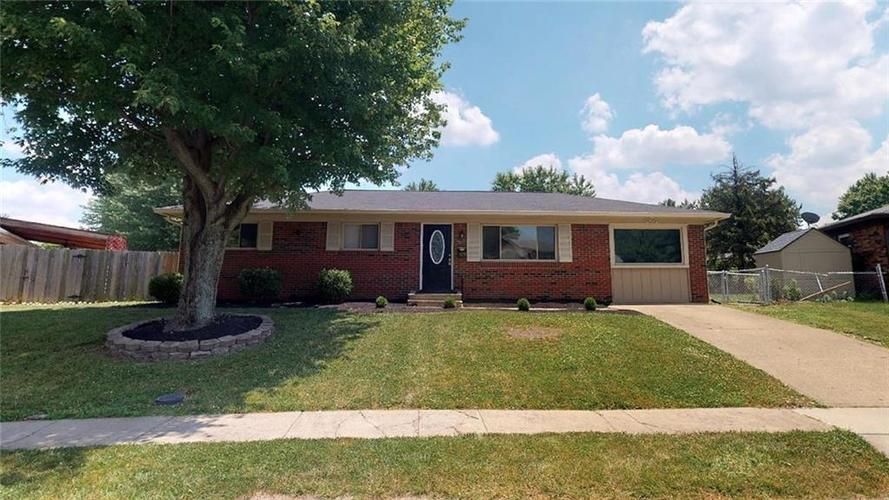 1619 Yazoo Drive Beech Grove, IN 46107 | MLS 21653429 | photo 1