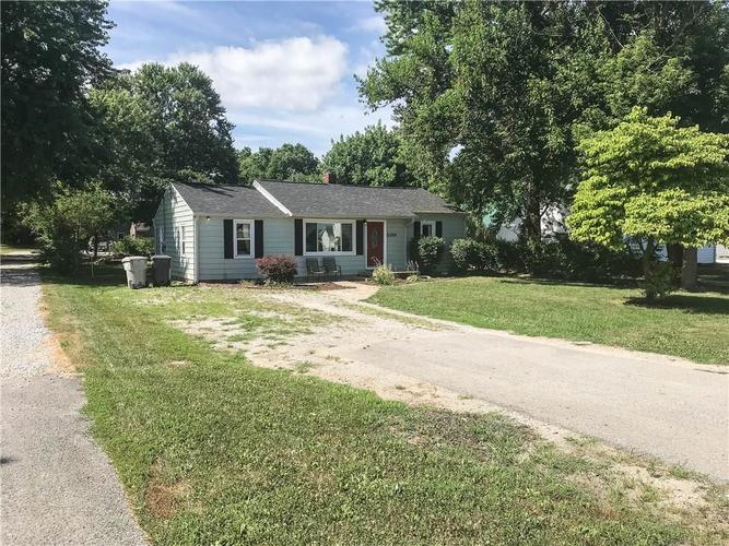 5399 W Smith Valley Road Greenwood, IN 46142 | MLS 21653438