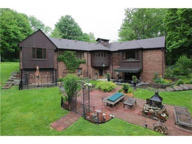 7300 N SARGENT Road Indianapolis, IN 46256 | MLS 21653460 | photo 1