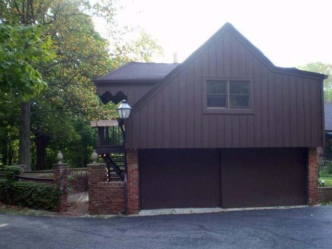 7300 N SARGENT Road Indianapolis, IN 46256 | MLS 21653460 | photo 20
