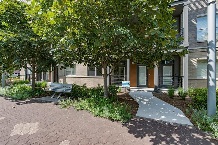 108 E North Street Indianapolis, IN 46204 | MLS 21653484