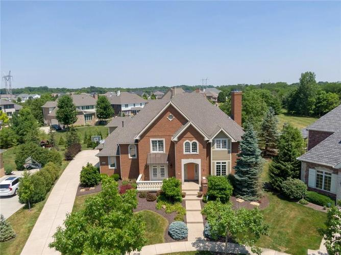 7680  St. Lawrence Court Zionsville, IN 46077 | MLS 21653511