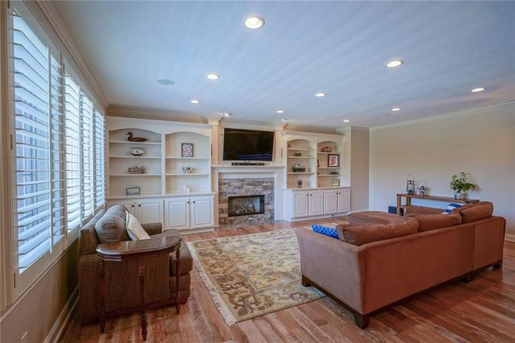 7680 St. Lawrence Court Zionsville, IN 46077 | MLS 21653511 | photo 15
