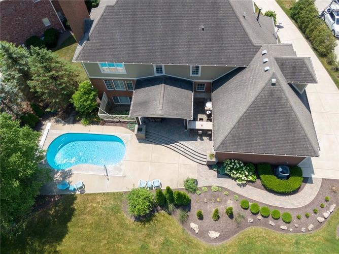 7680 St. Lawrence Court Zionsville, IN 46077 | MLS 21653511 | photo 2