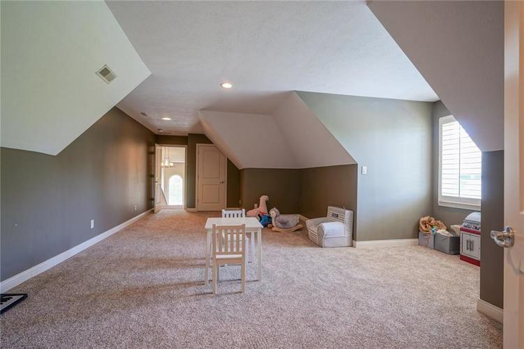 7680 St. Lawrence Court Zionsville, IN 46077 | MLS 21653511 | photo 35