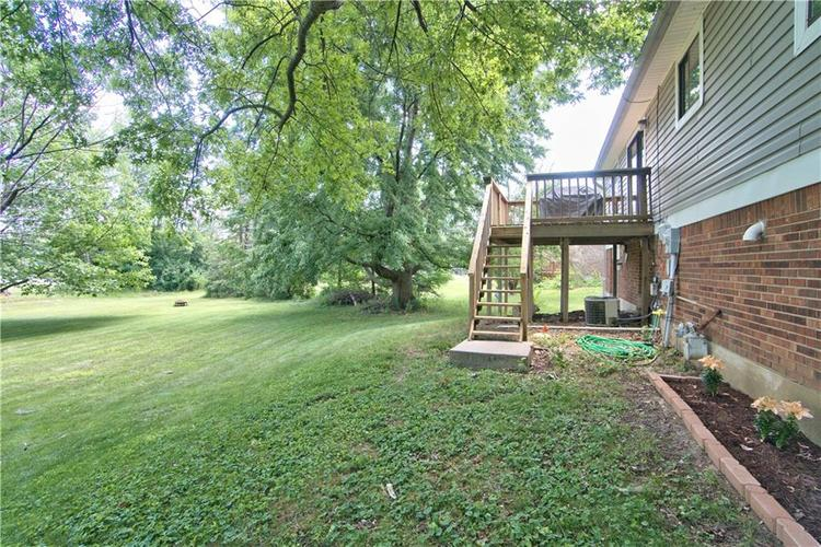 8211 PICADILLY Lane Indianapolis, IN 46256 | MLS 21653512 | photo 27