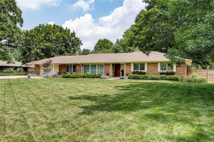 7475 SPRING MILL Road Indianapolis IN 46260 | MLS 21653537 | photo 1