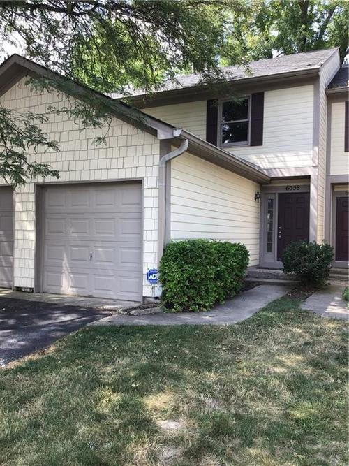 6058  Southbay Drive Indianapolis, IN 46250 | MLS 21653540