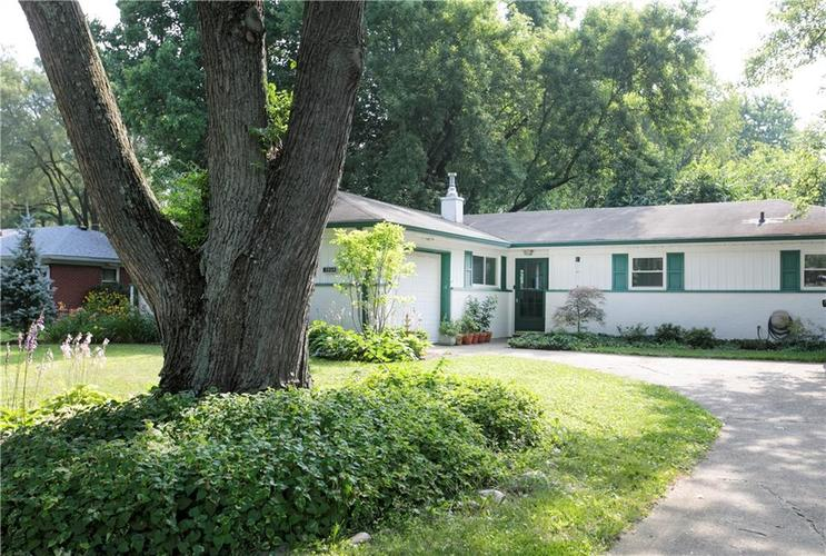 7969  Taunton Road Indianapolis, IN 46260 | MLS 21653623