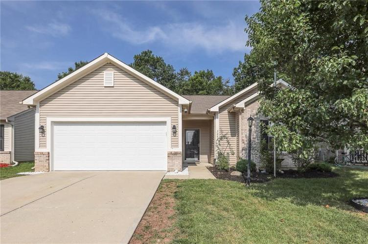 7244  Mosaic Drive Indianapolis, IN 46221 | MLS 21653636