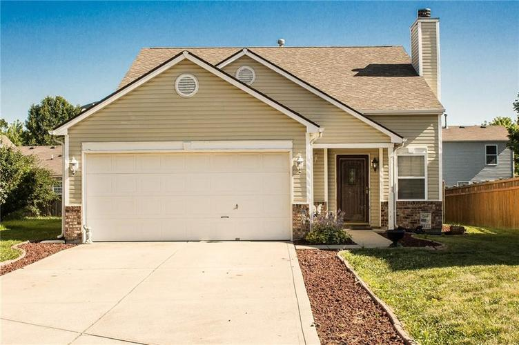 13418 N Largo Court Camby IN 46113   MLS 21653700   photo 1