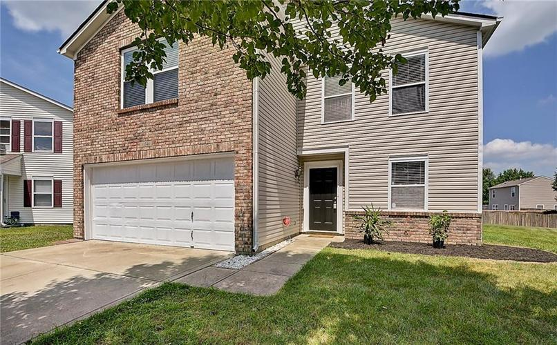 13346 Swayzee Court Camby, IN 46113 | MLS 21653711 | photo 1
