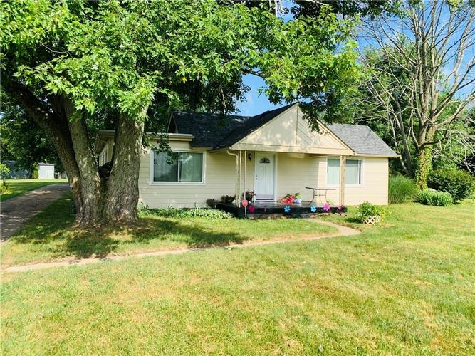 7154 S Mooresville Road Indianapolis, IN 46221 | MLS 21653753