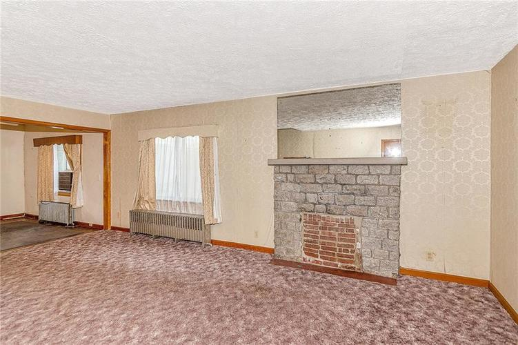 6390 E 42nd Street Indianapolis, IN 46226 | MLS 21653771 | photo 5