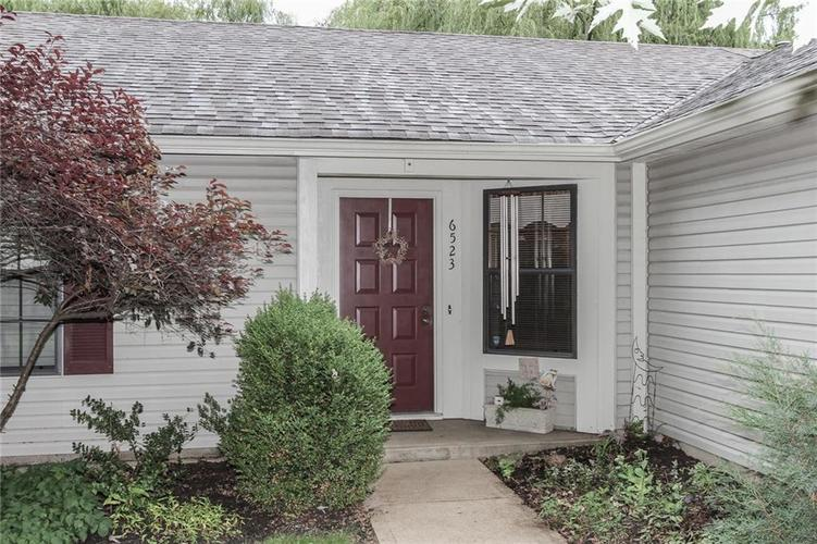 6523 Pikeview Court Indianapolis, IN 46268 | MLS 21653816 | photo 3