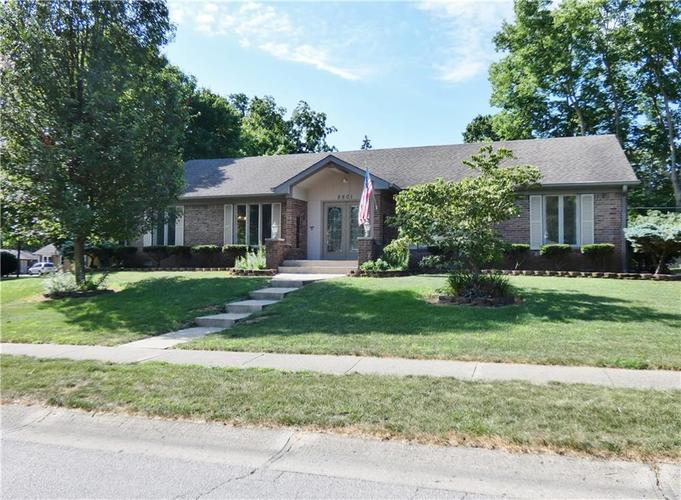 8801 BECKFORD Drive Indianapolis, IN 46234 | MLS 21653835 | photo 1
