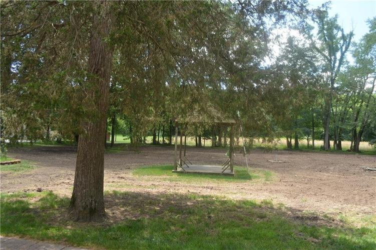 5253 W 8TH Street Road Anderson, IN 46011 | MLS 21653848 | photo 19