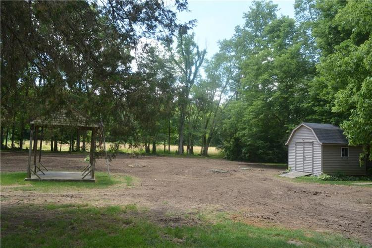 5253 W 8TH Street Road Anderson, IN 46011 | MLS 21653848 | photo 20