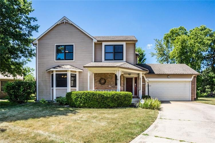 5433 N Meadow Drive Indianapolis, IN 46268 | MLS 21653912