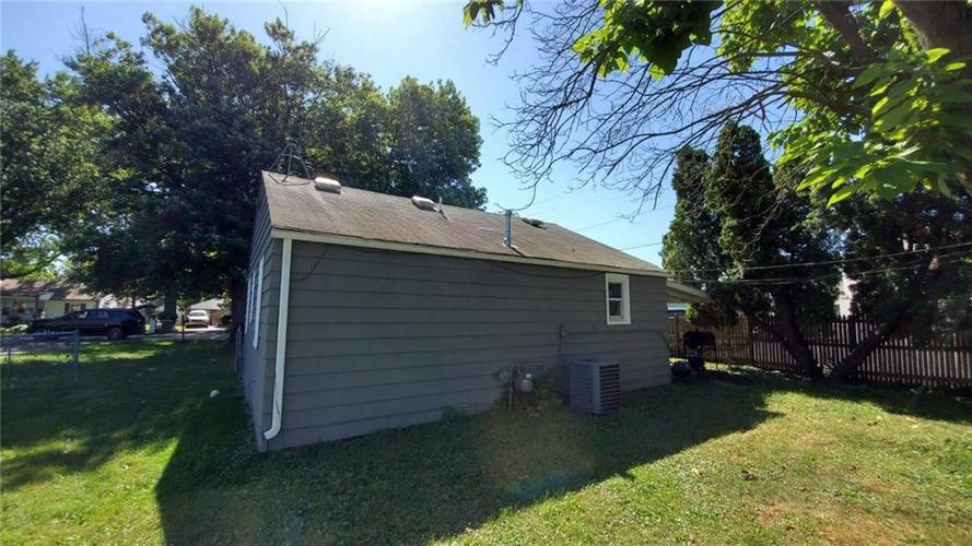1158 Temperance Avenue Indianapolis, IN 46203 | MLS 21653933 | photo 2