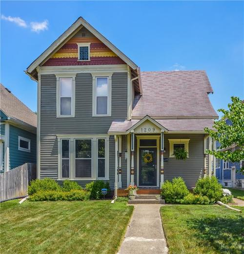 1209 Laurel Street Indianapolis, IN 46203 | MLS 21653949 | photo 1
