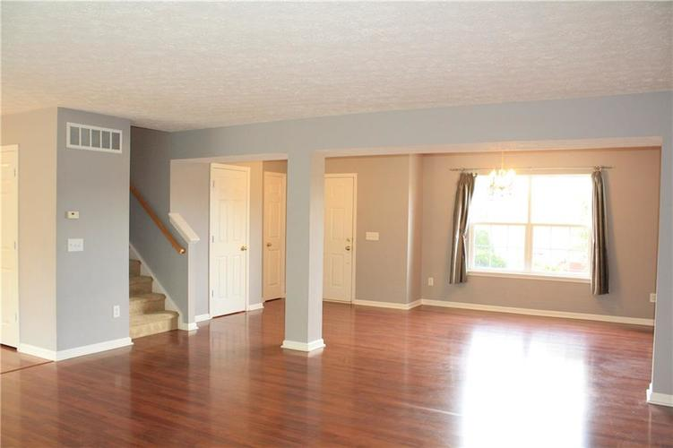 10321 Gladeview Drive Indianapolis, IN 46239   MLS 21653950   photo 17