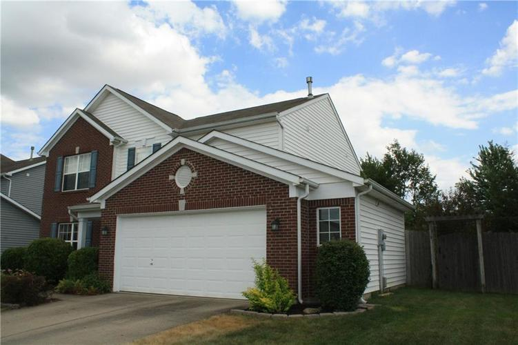 10321 Gladeview Drive Indianapolis, IN 46239   MLS 21653950   photo 2