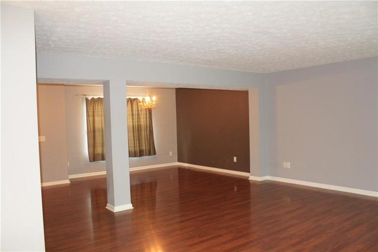10321 Gladeview Drive Indianapolis, IN 46239   MLS 21653950   photo 21