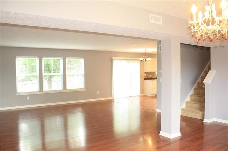 10321 Gladeview Drive Indianapolis, IN 46239   MLS 21653950   photo 22