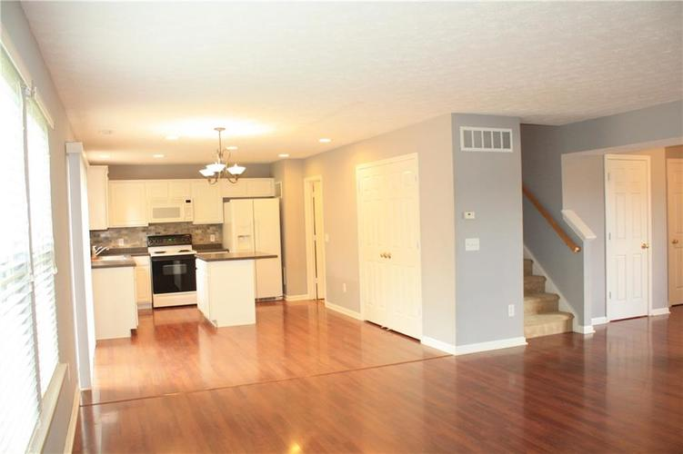 10321 Gladeview Drive Indianapolis, IN 46239   MLS 21653950   photo 23