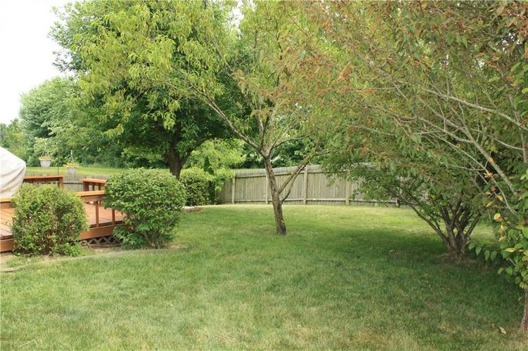 10321 Gladeview Drive Indianapolis, IN 46239   MLS 21653950   photo 8