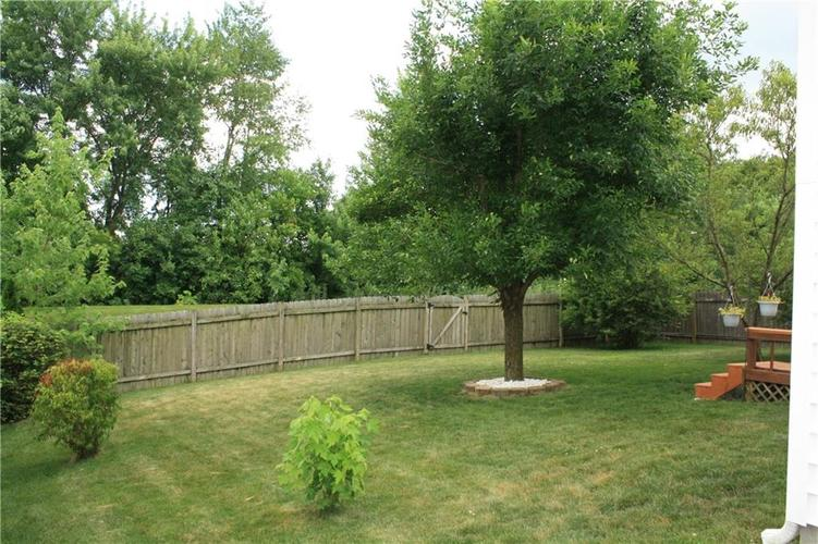 10321 Gladeview Drive Indianapolis, IN 46239   MLS 21653950   photo 9