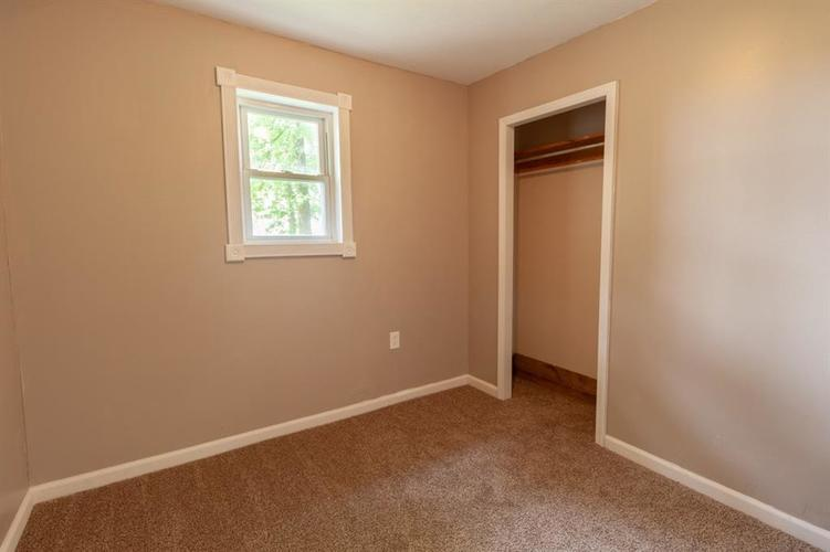 2740 W CR 500 N North Vernon, IN 47265 | MLS 21653999 | photo 13