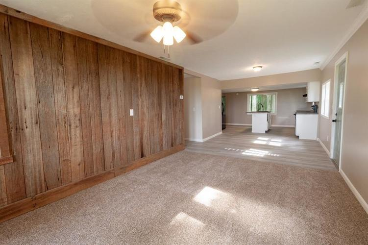 2740 W CR 500 N North Vernon, IN 47265 | MLS 21653999 | photo 6