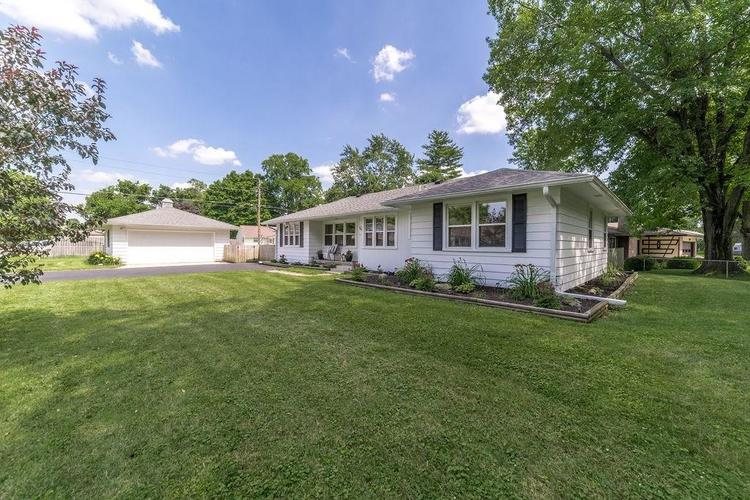 3805 W Silver Lane Muncie, IN 47304 | MLS 21654119
