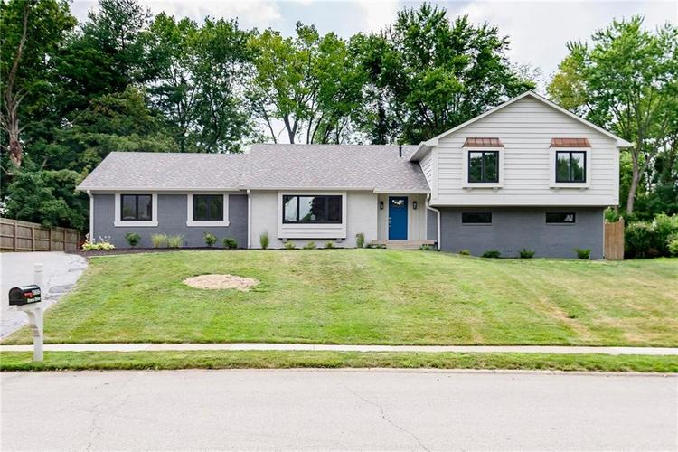 11616 Forest Drive Carmel, IN 46033 | MLS 21654150 | photo 2