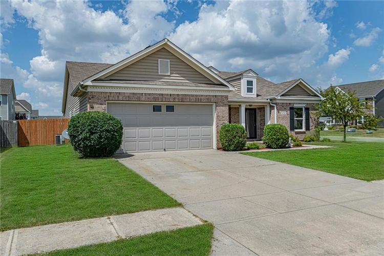 10336 Crooked Stick Drive Brownsburg, IN 46112 | MLS 21654179 | photo 1
