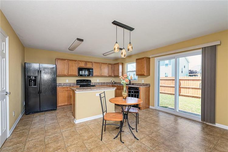 10336 Crooked Stick Drive Brownsburg, IN 46112 | MLS 21654179 | photo 12