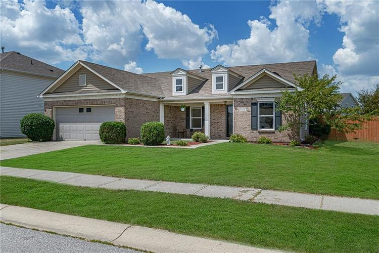10336 Crooked Stick Drive Brownsburg, IN 46112 | MLS 21654179 | photo 3
