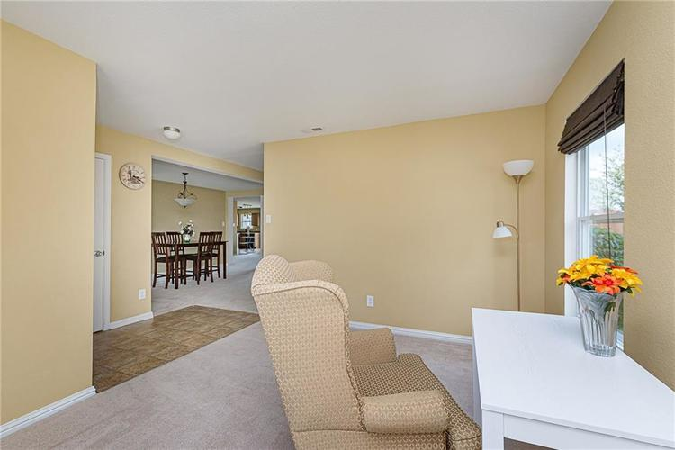 10336 Crooked Stick Drive Brownsburg, IN 46112 | MLS 21654179 | photo 5