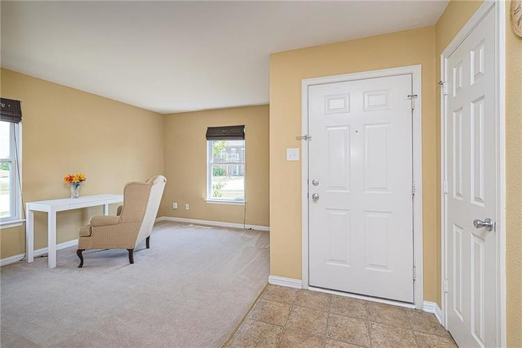 10336 Crooked Stick Drive Brownsburg, IN 46112 | MLS 21654179 | photo 6